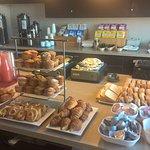 Breakfast at Club Lounge 1