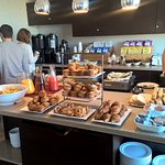 Breakfast at Club Lounge 2