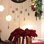 Christmas decorations - beautiful flowers at Sugamour boutique