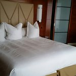 Roomy big, luxurious bed