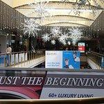 Livingston Mall - decorations