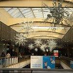 Livingston Mall - more snowflakes
