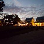Full Moon Inn Foto
