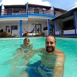 En la piscina. :)
