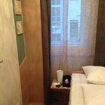 sehr kleines Zimmer