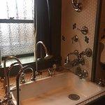 Crazy sink