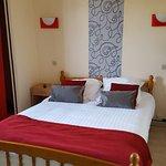 chambre N° 5 : 1 lit double 1/2 personnes
