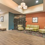 La Quinta Inn & Suites Decatur Photo