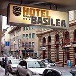 Photo de Hotel Basilea