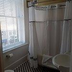 nice tub shower