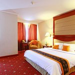 Grand Arkenso Parkview Hotel