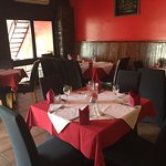 Taj Curry Palace Indian & Sri Lankan Restaurant
