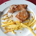 Comida en martes, la atención del servicio muy buena, calidad estupendo y el precio más que acep