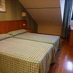 Photo de Hotel Astures