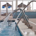 Chorros cervicales de nuestra piscina climatizada Brisa Marina