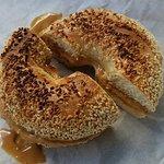 Bagel w/peanut butter