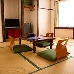 和室8畳 共同バストイレ  /  A Japanese Style Large Twin Room with shared bath & toilet