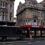 Photo de Discovery Inn Leeds