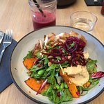 Autumn salad with chicken brest & smoothie