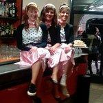 Il Caffè -  Bobbio (PC) il Bar della Contrada di Porta Nova con le bariste in stile anni '60