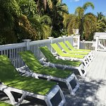 Chelsea House Hotel - Chairs On Sun Deck