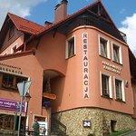 Budynek, w którym znajduje się kawiarnia Jagodowy Zakątek