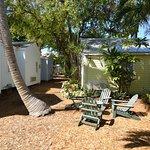 Key Lime Inn - Garden Sitting Area