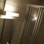 Toilette, Waschbecken, Dusch