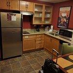 Queen Room - Kitchen