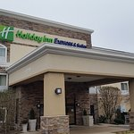 Photo de Holiday Inn Express Chicago-Libertyville