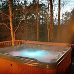 Alpine Trial Ridge Inn Hot Tub