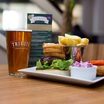 Westcountry Burger and a pint of Tribute, perfect combination
