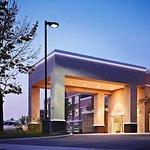 米西索加機場企業中心萬豪廣場套房酒店