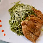 tallarines al pesto con pollo