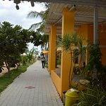 Walkway to the beach form the rooms.