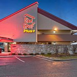 Red Roof PLUS+ Nashville North