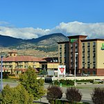 Holiday Inn Express Kelowna