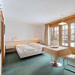 Photo de Hotel Kirchbuehl