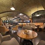 Coffee and Wine Lounge