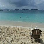 Honeymoon Beach chair free