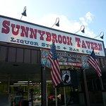 Mac's Sunnybrook Tavern
