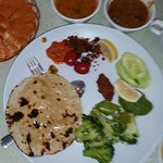 Foto di Sharmaji Vegetarian Indian Restaurant