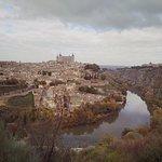 Вид на Толедо, Alcázar de Toledo – средневековый замок-крепость