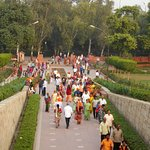 Raj Ghat is an outdoor park and very popular with Indians & Hindu's.