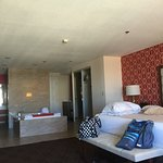 Jubilee tower king suite with whirlpool