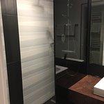 Barrierefreie boden gleiche Dusche