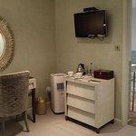 Vanity unit, air conditioner and tea/coffee facilities
