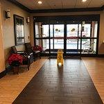 Photo de Baymont Inn & Suites Augusta Riverwatch