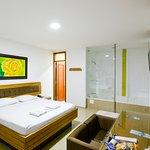 Hotel Monarca Photo