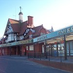 St Annes Pier which has amusements, beach shop, ice cream shop and cafe.